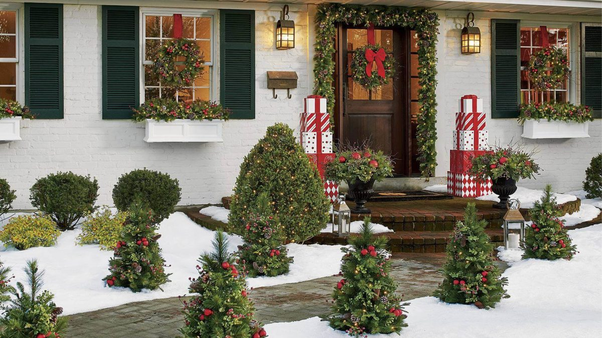 Some Of The Best Exterior Christmas Decorations Ideas