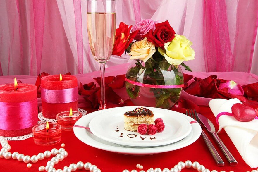 centrepiece for valentine table