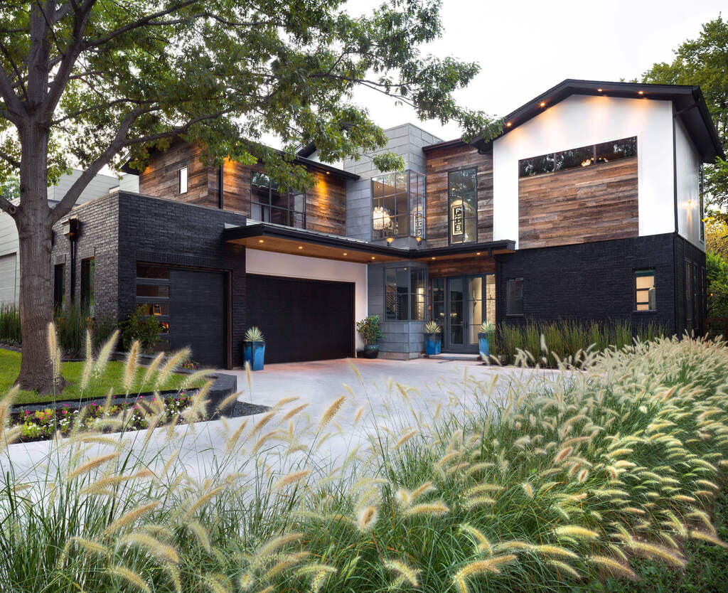 Exterior industrial house