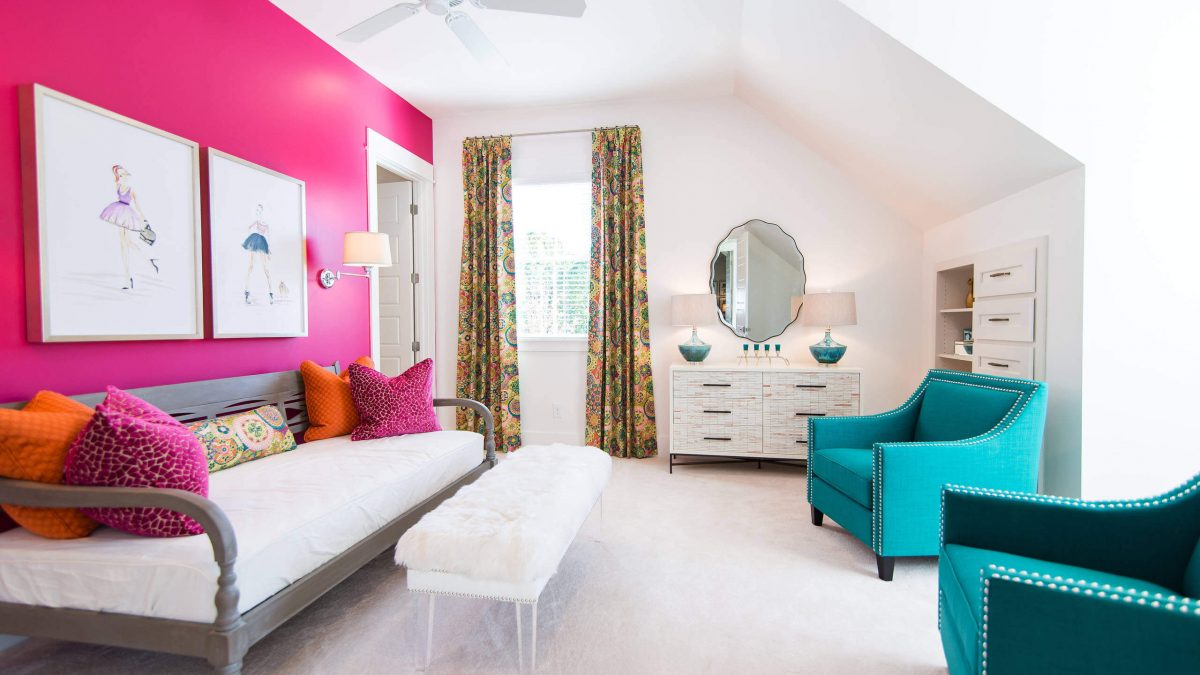 5 Colors That Go With Teal: Enhance The Beauty Of Your Room Perfectly With Them