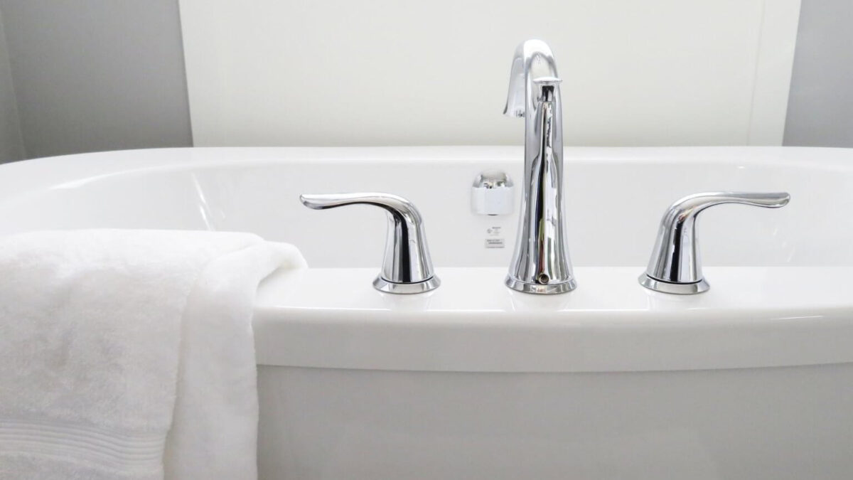 How To Fix A Leaky Bathtub Faucet 11 Easy Steps