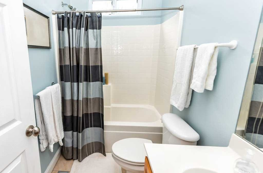 15 Extra Long Shower Curtain To Have a Visual Treat While Bathing!