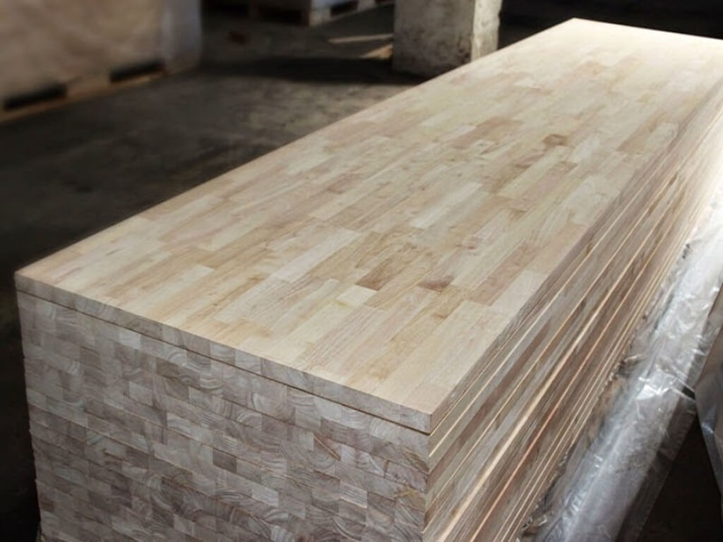 what is rubberwood