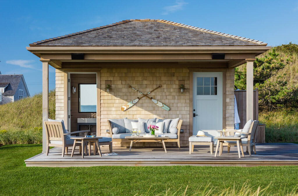Outdoor Wall Decor Ideas: 15 Ideas to Elevate Your House Exteriors in 2021
