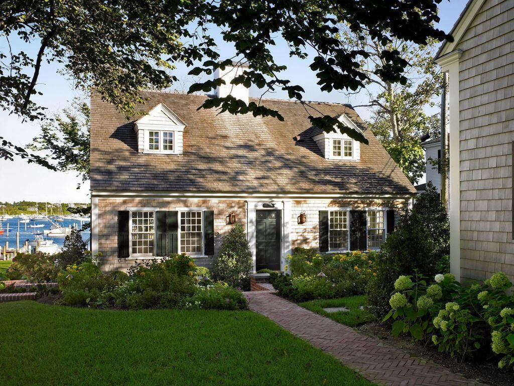cape cod style house
