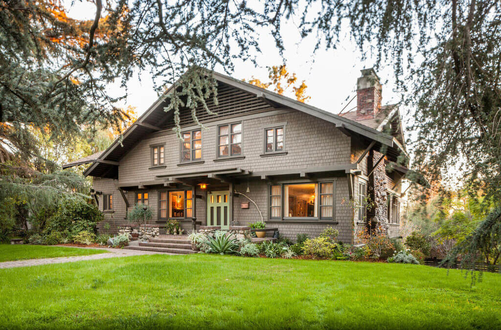 Redo Your Home Decor with Craftsman Bungalow Ideas