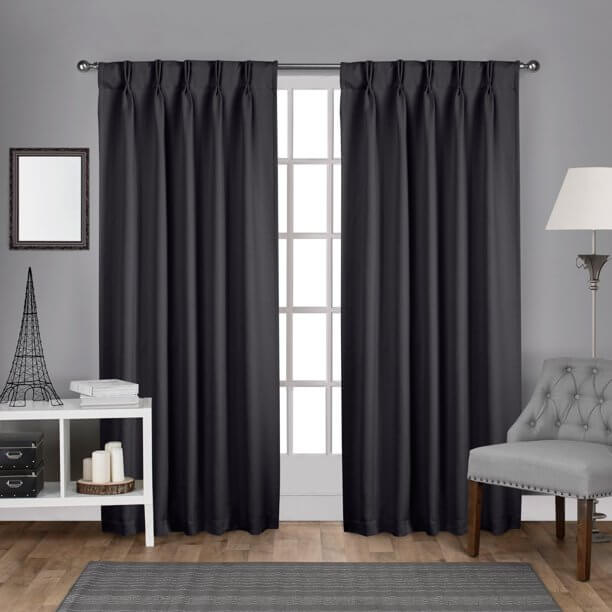 types of curtains: Pinch Pleated Curtains