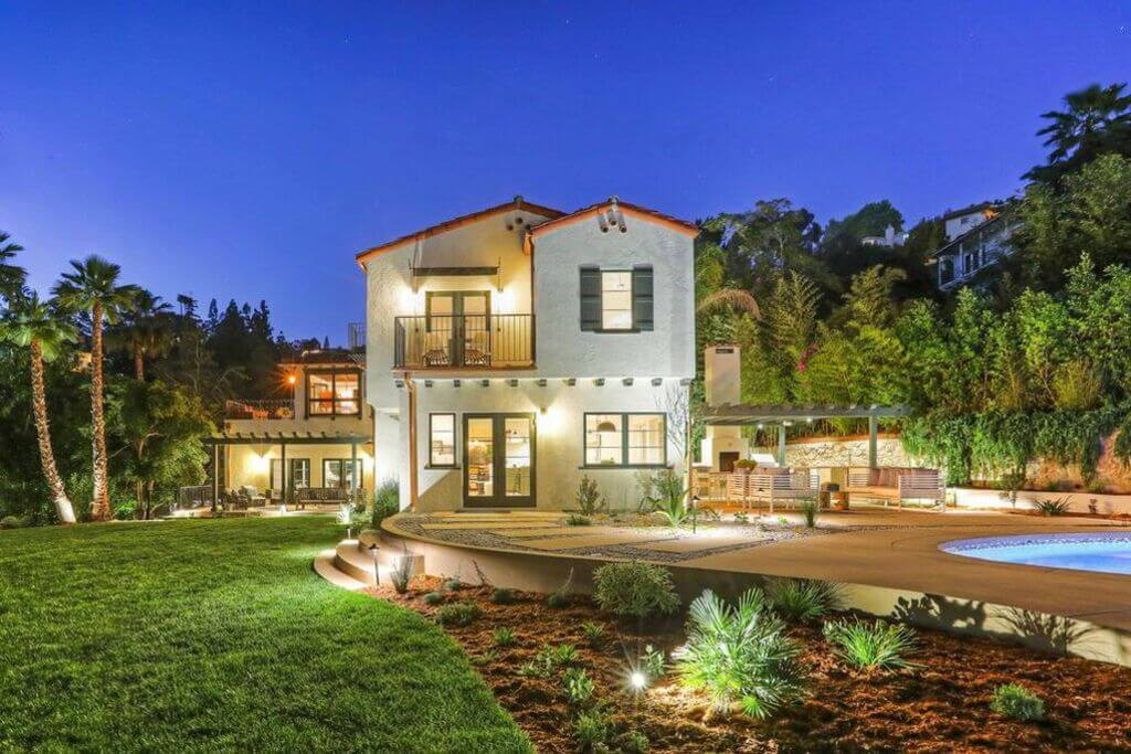Vince Vaughn's Former Los Angeles House: spanish colonial house