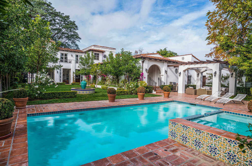 Holly Madison's Former Los Angeles Mansion: spanish colonial house